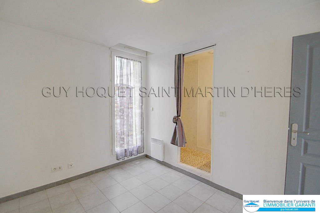 a louer appartement 38320 eybens guy hoquet saint martin d 39 heres. Black Bedroom Furniture Sets. Home Design Ideas