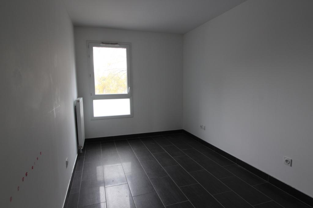 A Vendre Appartement 93800 Epinay Sur Seine Guyhoquet Epinay Sur Seine