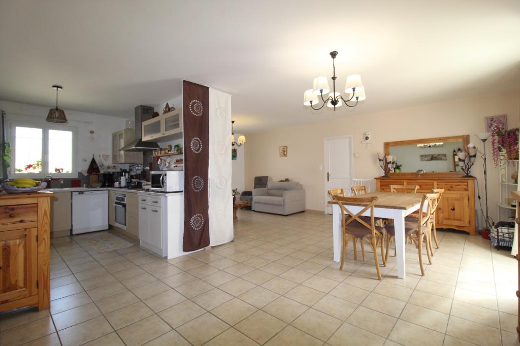 A vendre maison 30540 milhaud guy hoquet l 39 immobilier joos immobilier - Milhaud cuisine ...