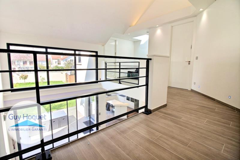 maison d architecte paris beautiful maison de la core cit de paris gaa architects et canale. Black Bedroom Furniture Sets. Home Design Ideas